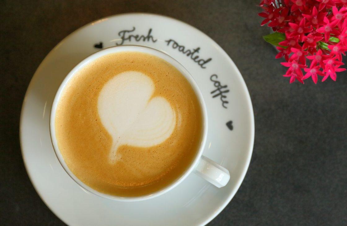 ROBERT'S COFFEE 2