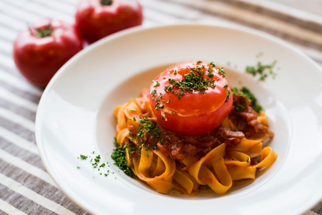 丸ごとトマトのナポリタン 1