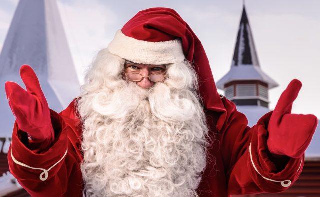 湖畔と森 ~北欧のクリスマスマーケット~ 1