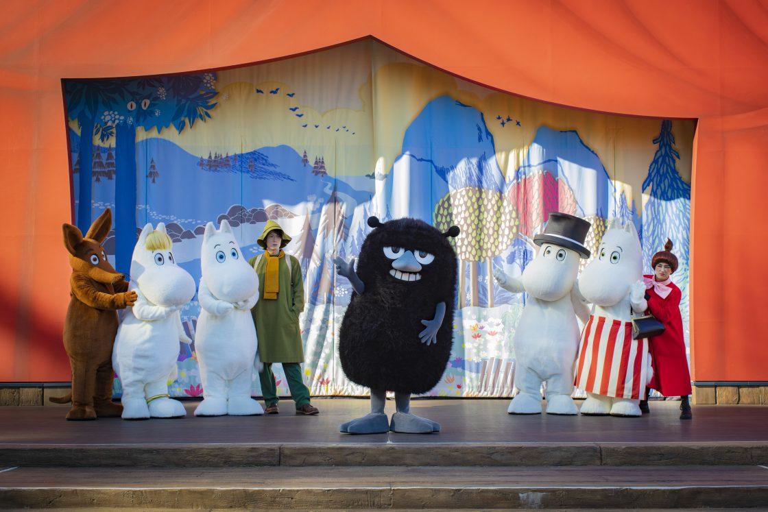 「エンマの劇場」新ショーの初登場の仲間は「スティンキー」、ボイスキャストは木村昴! 演出家・ボイスキャスト陣のコメント、関連メニューやワークショップ、グッズを発表!