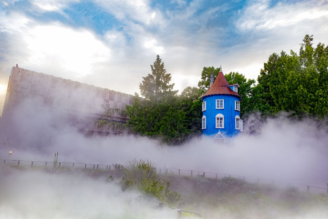 暑さに夏の魔法!?「ムーミン谷の雲海」のミストが180%に増量!